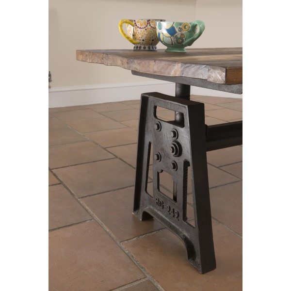 Indian Reclaimed Wood Coffee Table: Home And Garden > Tables And Chairs > Iron And Reclaimed